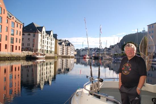 Goedemorgen! Met deze man heb je gewoon zin om te gaan vissen. En dan het weer, briljant!