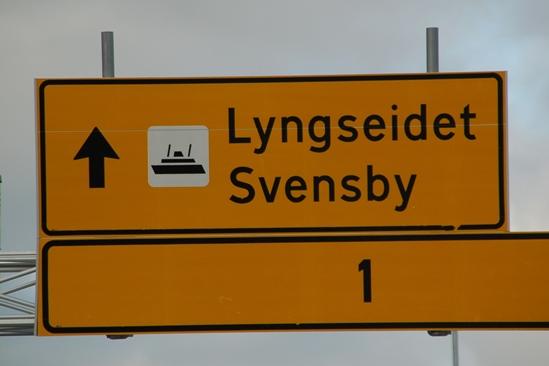 De ferry naar Lyngseidet is een leuke start van de trip.