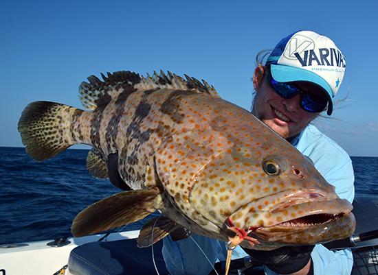 Speedjiggen, een hels karwei. Zeker als er plots een dikke grouper op beukt!
