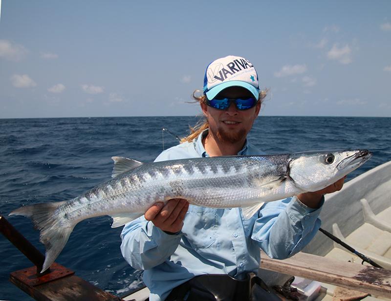 Een leuke Barracuda betekend mijn eerste Zanzibar vangst
